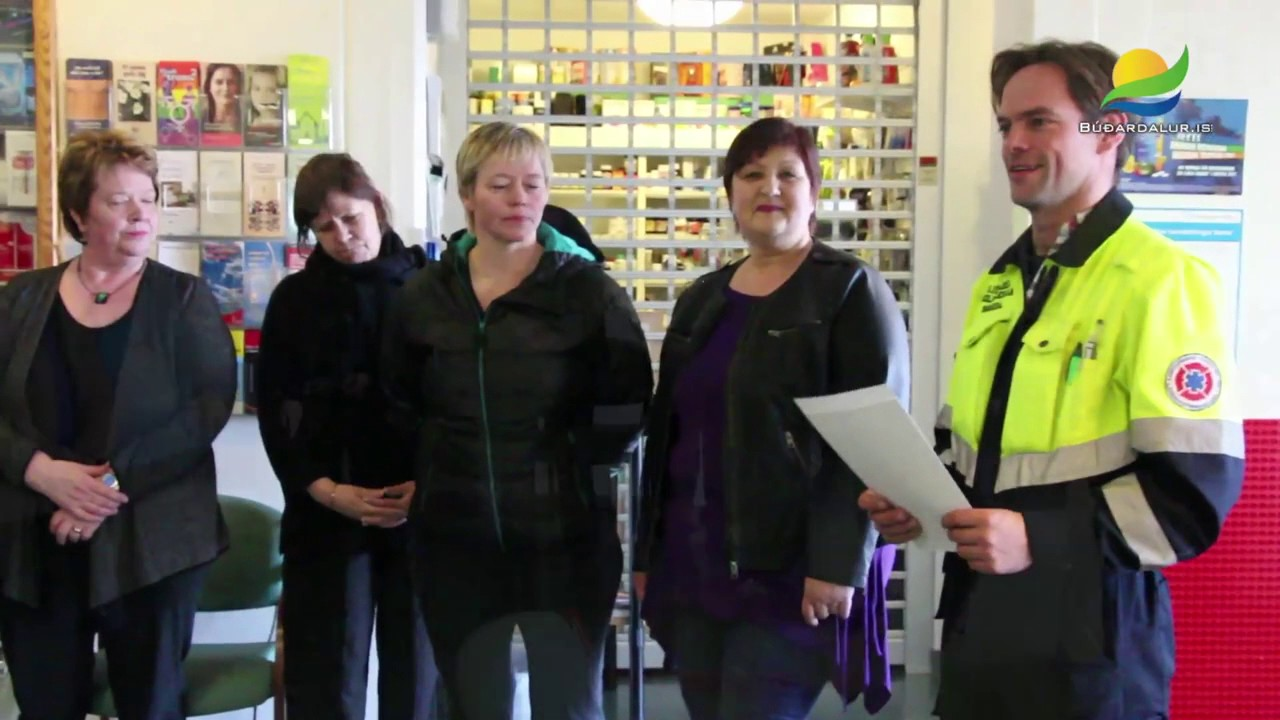 Kvenfélagið Fjóla gefur veglega peningagjöf 2014